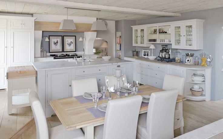 My favourite kitchen by Neptune Kitchens ....ummmm, no chicken pics though;)