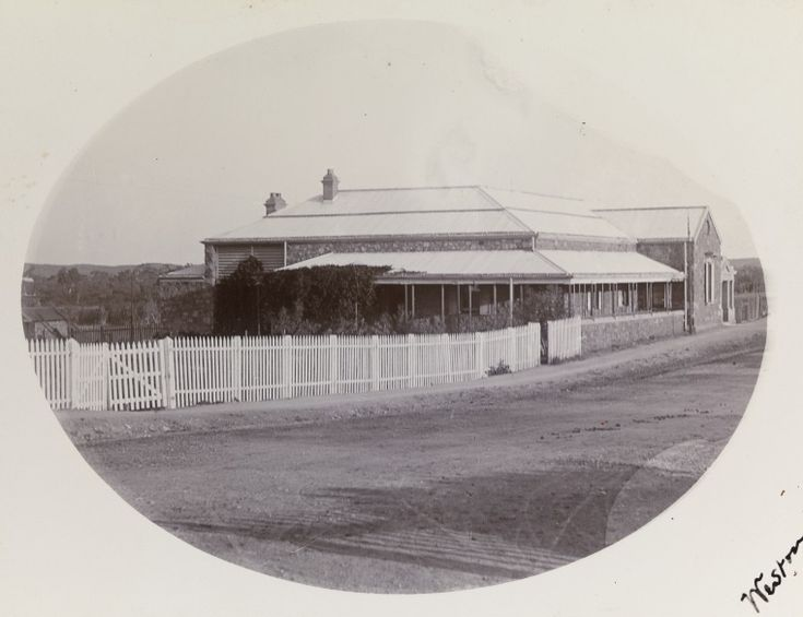 BA338/1/75: Roebourne Post and Telegraph Office, 1900 http://encore.slwa.wa.gov.au/iii/encore/record/C__Rb4722979?lang=eng