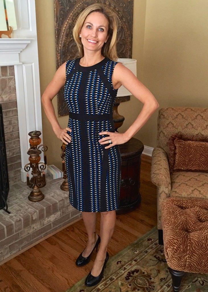 CUTE!! Donna Morgan Jim Geo Print Sheath Dress - the solid lines on this are soooo flattering!