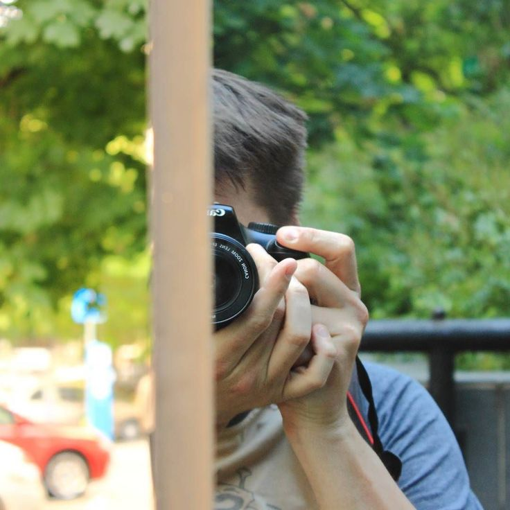 #Selfie kamerával. #mirrortrick #glasshouse #canon #canonhun #budapestgram #budapest #mik #photoofday #nofilter