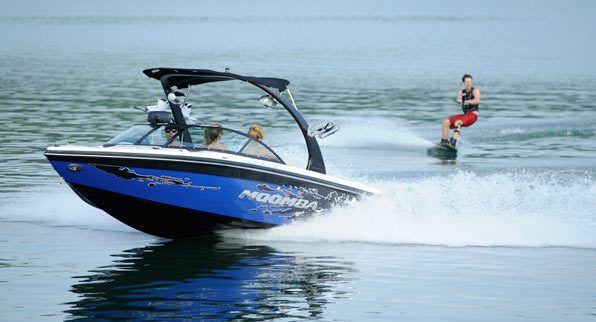 New 2012 Moomba Boats Mobius LSV Ski and Wakeboard Boat Photos- iboats.com