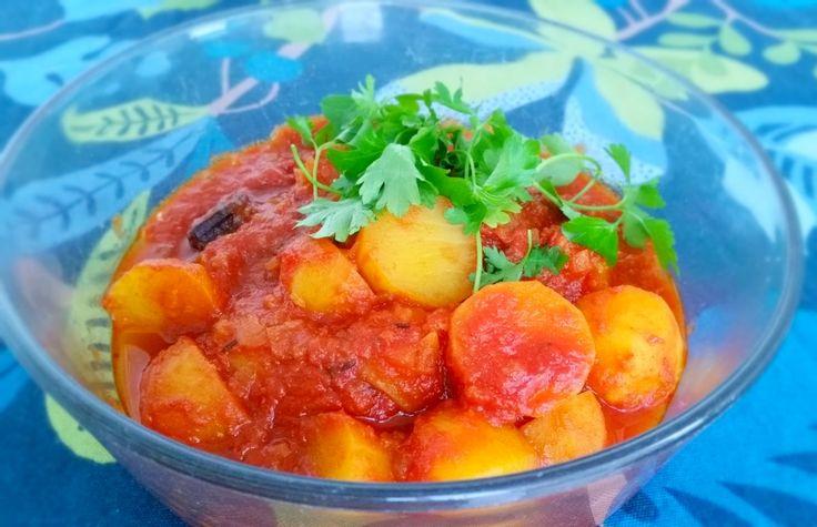 Indisk tomat & currygryta- Aloo tamatar jhol