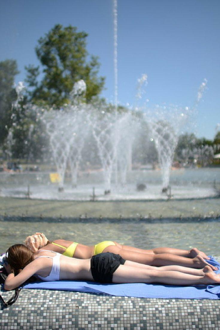 Do Polski dotarło gorące, suche powietrze znad Sahary. Słupki rtęci w termometrach w wielu miejscach dobiją do 30 stopni. http://www.tvn24.pl/zdjecia/upal-w-miescie,46682,lista.html