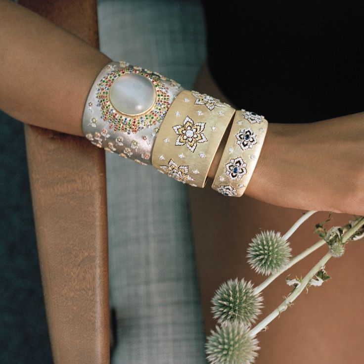 Three #Buccellati cuffs are better than one, for sure. Photo by Alina Asmus for Magazine, Autumn 2015 issue. Style by Clémence Cahu #BuccellatiEditorials