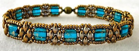 Grecian Princess Crystal Bracelet | This is a stunningly royal beading pattern!