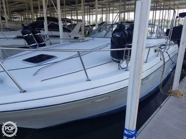 Beautifully Maintained Rinker Fiesta Vee - Boat was fully overhauled in 2016