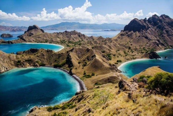 Terpopuler 30 Gambar Pemandangan Yang Mudah Untuk Dilukis 50 Gambar Pemandangan Indonesia Alam Gunung Pantai Laut Di 2020 Pemandangan Taman Nasional Komodo Pantai