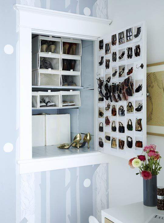 photo inventory of handbags!? smart.