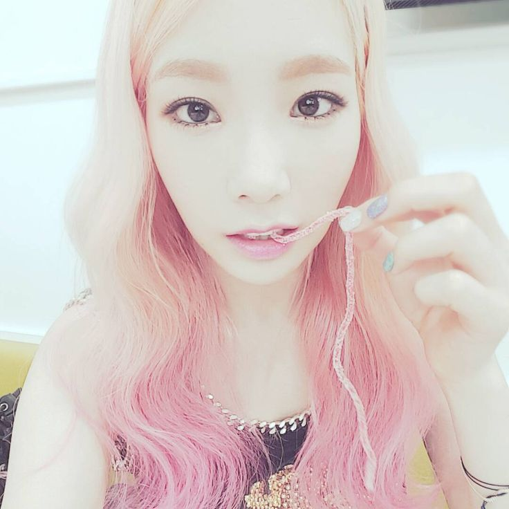 Kim Tae-yeon (born March 9, 1989)