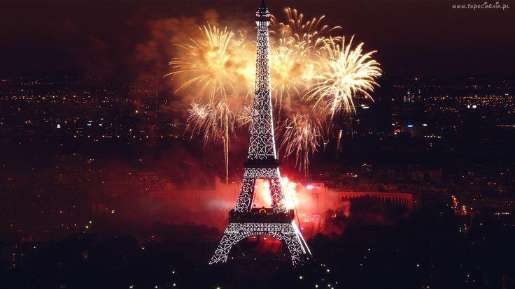 Wieża Eiffla, Paryż, Noc, Fajerwerki