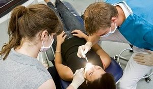 Affordable and Free Dental Care Services at US Dentistry Schools, Free Dental Clinics. Affordable Treatment: Orthodontics (Braces), Implants, Tooth Extraction for Low-Income - Dental Health Magazine