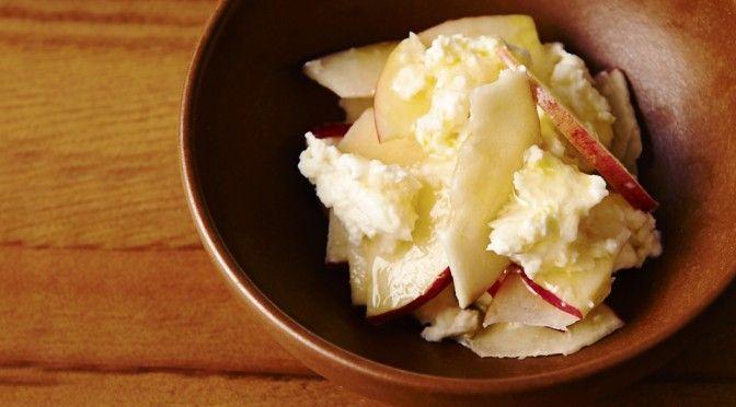 デザート感覚の甘酸っぱいサラダ「りんごとモッツァレラ」