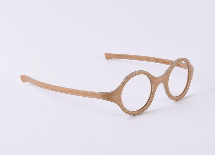 W-eye_mod 303 - Design: Matteo Ragni - Wood: Maple
