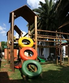 Magic Beans Playhouse & Café is for the young and young at heart. They offer various activities and services such as a party venue, novelties, the best playground, lots of sweet treats, fun nibbles and exciting gifts. 28 Shannon Road, Kenmare, Krugersdorp – 010 035 0018