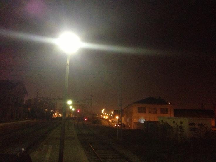 Noche en la estacion de tren les franqueses