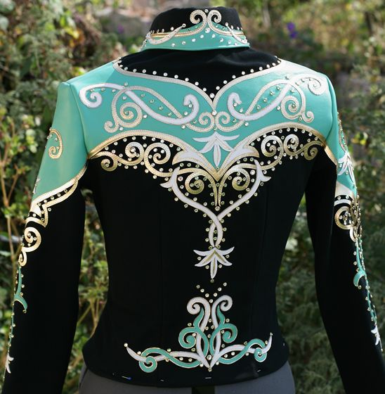Showmanship jacket. Perfect for me and Gizmo when we make our debut in the show ring -someday.