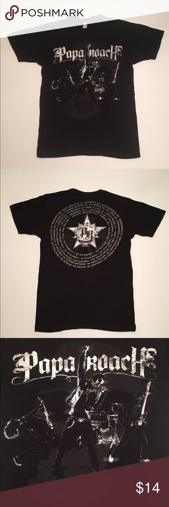 """Papa RoachViva La Cucaracha Concert Shirt Papa Roach 2010 Viva La Cucaracha Concert Tour Shirt Black, Size Adult Small. In Great Used Condition With Band Screen Print On Front, Tour and Cities On The Back.  Measurements: Armpit To Armpit-17"""" Length-26"""" Tultex Tops Tees - Short Sleeve"""