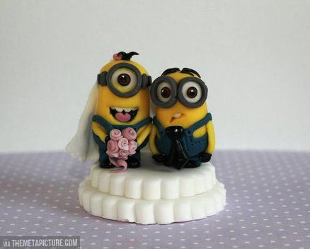 Minions wedding cake topper...YES YES YES YES YES!!!!!!!!!!!!! Check out some more awesome stuff here http://omgwhatsthat.com