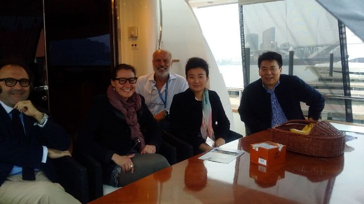 First Amer arrived at Shanghai visit on board