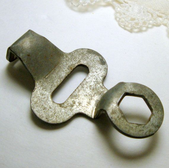 I used to have a roller skate key like this when I was younger and I wore it around my neck from a piece of string!