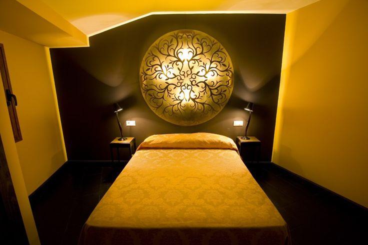 C lido dormitorio de dise o sencillo elegante moderno for Hotel rural diseno