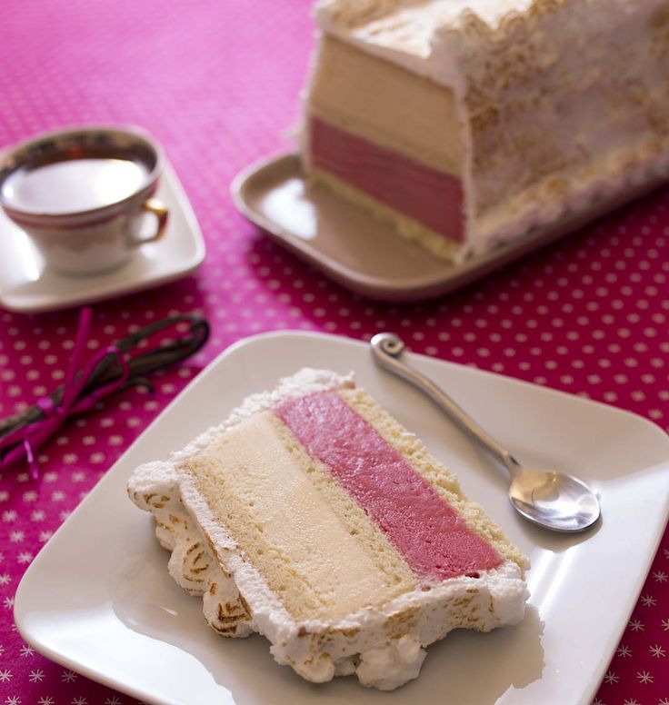 Omelette norvégienne vanille fraise - DIY, la recette d'Ôdélices : retrouvez les ingrédients, la préparation, des recettes similaires et des photos qui donnent envie !