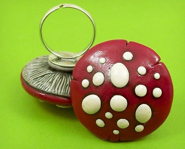 Red Mushroom Ring | Fimo | Pinterest | Polymer clay ring, Clay and Polymer clay