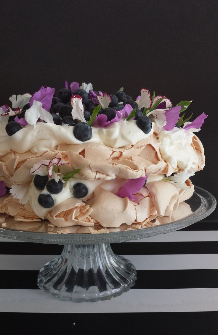 Up to my ears in meringue - pavlova focusing on blueberries