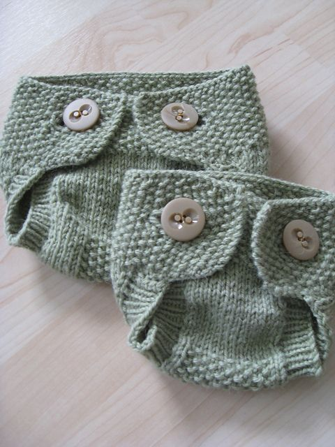 Free knitting pattern for Little Seedling Soaker baby diaper cover - Christine Blyden designed this buttoned baby diaper cover.