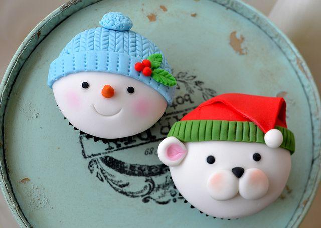 Adorible Christmas Cupcakes