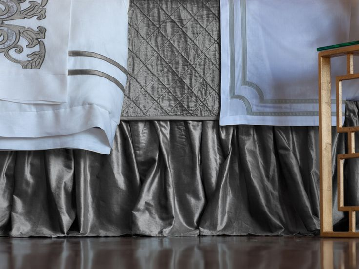 Chloe Gathered Bed Skirt Silver Velvet (3/22x86) L190SKG-S