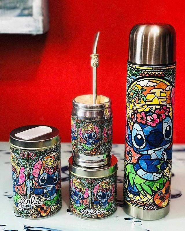 412341126 Llegaron los set de mates!!! Con termos de 1 litro o 600 ml... los podes  personalizar... . . . . #mate #set #stitch #termo #minimin…