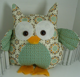 Stampin' Up! Fabric Owl Shirley Pumpkin Spice Cake