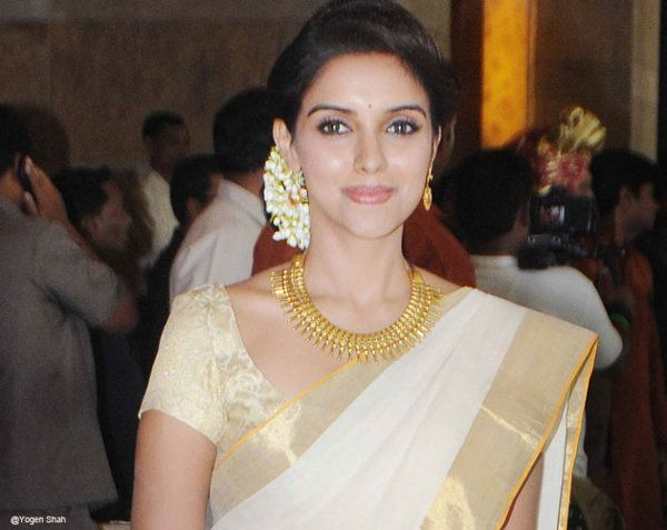 Rare pictures of Asin - Yahoo Movies India