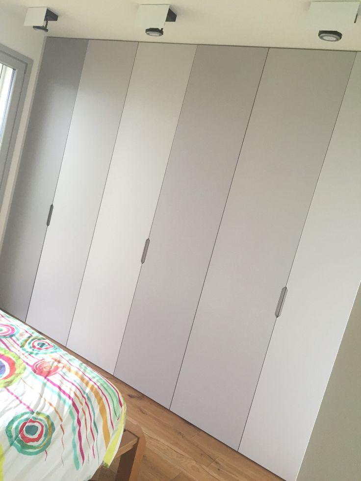 Greyscale natural lighting #bedroom #matt