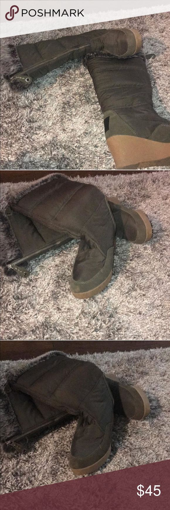 Juicy Couture Boots Used juicy Couture wedge boots Juicy Couture Shoes Winter & Rain Boots