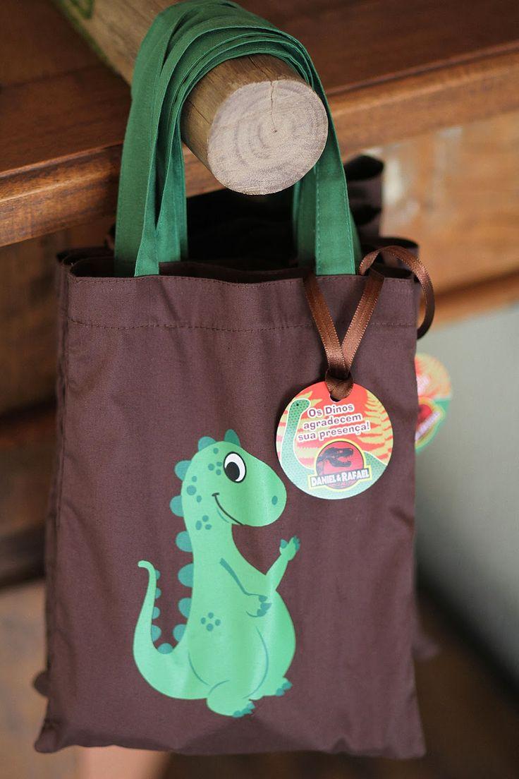 lembrancinha Festa de Dinossauros // Kit para imprimir da Quero uma Festa