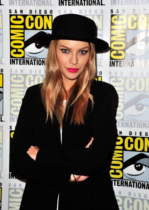 Lauren German. Lauren was born on 29-11-1978 in Huntington Beach, California, USA as Lauren Christine German. She is an actress, known for Hostel: Part II (2007), A Walk to Remember (2002), The Divide (2011), and The Texas Chainsaw Massacre (2003).