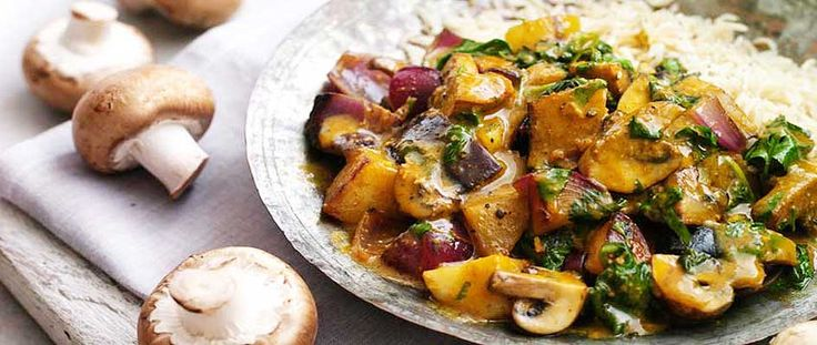 A quick and easy Vegetarian Mushroom and Potato Curry recipe