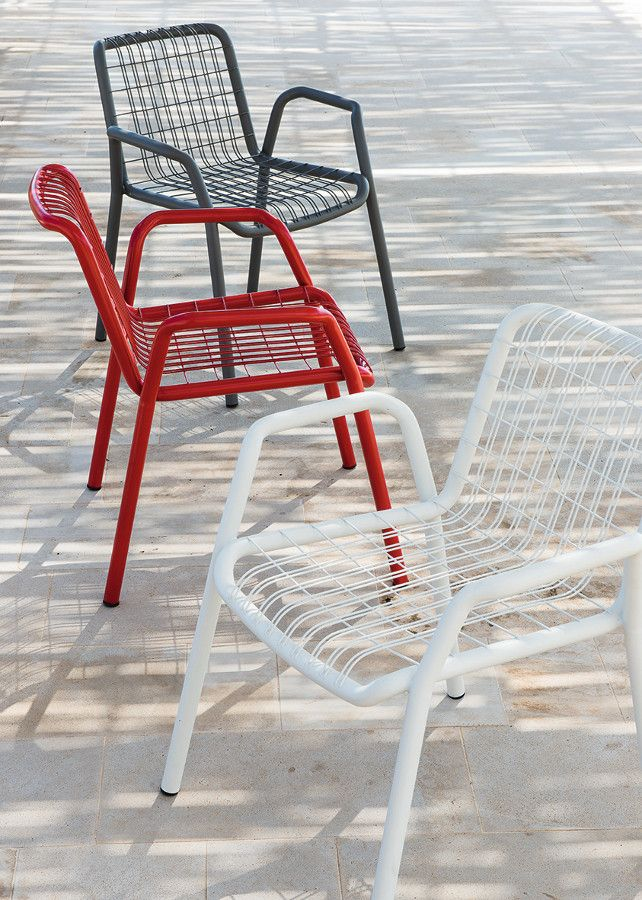 Stackable metal #garden #chair with armrests STITCH by Ethimo