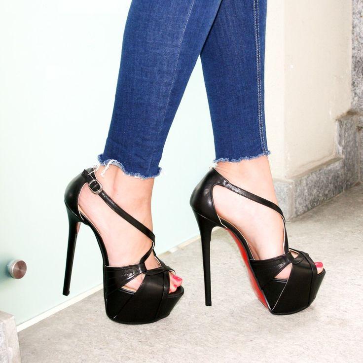 BoohooStrappy Ankle Tie Heel Sandali Donna Nero Nero 41 C3C