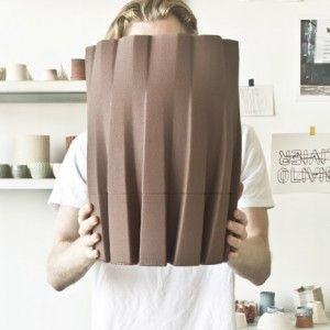 Eindhoven designer Olivier van Herpt developed a machine that uses a piston-based extruder to 3D-print complex functional objects using clay.
