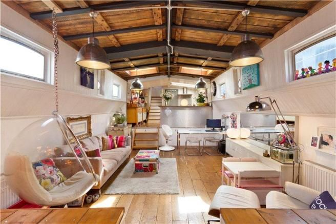 Luctor houseboat