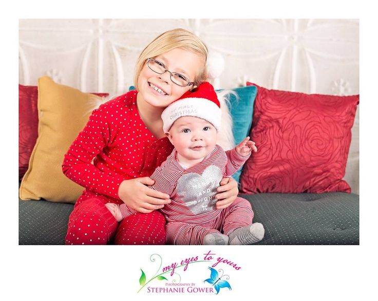 Christmas Mini's! www.myeyestoyours... London, ON #photographer #photography #children #babies #LndOnt