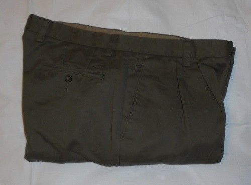 Dockers D4 Relaxed Fit Pleated Khakis Mens Slacks Pants 36x30 #DOCKERS #Chinos