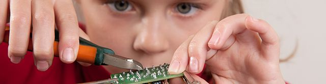 Best DIY electronics and programming kits for kids  http://blog.pluralsight.com/kids-diy-programming-kits