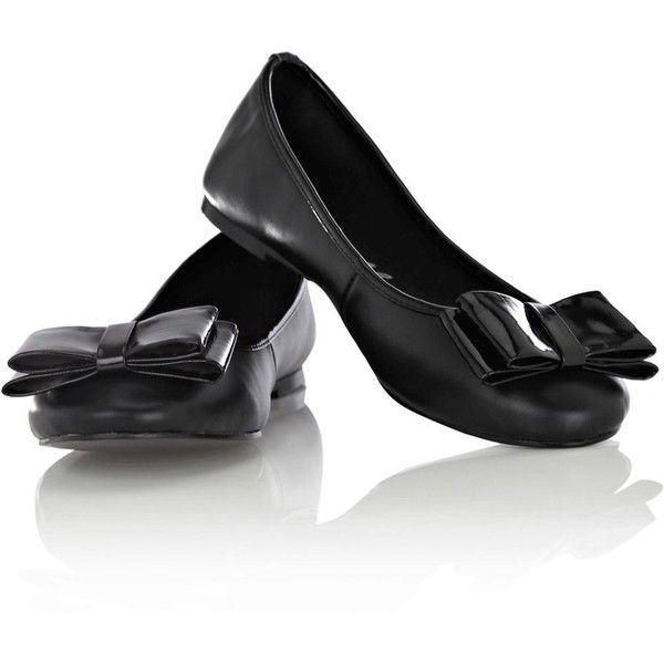 Oasis Annabella Patent Bow Ballerina ($9.79) ❤ liked on Polyvore featuring shoes, flats, sapatos, zapatos, women, ballerina flat shoes, patent leather flats, patent leather ballet flats, bow ballet flats and patent flats