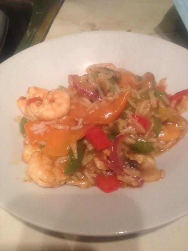 Prawn stir-fry with a sweet & sour rice