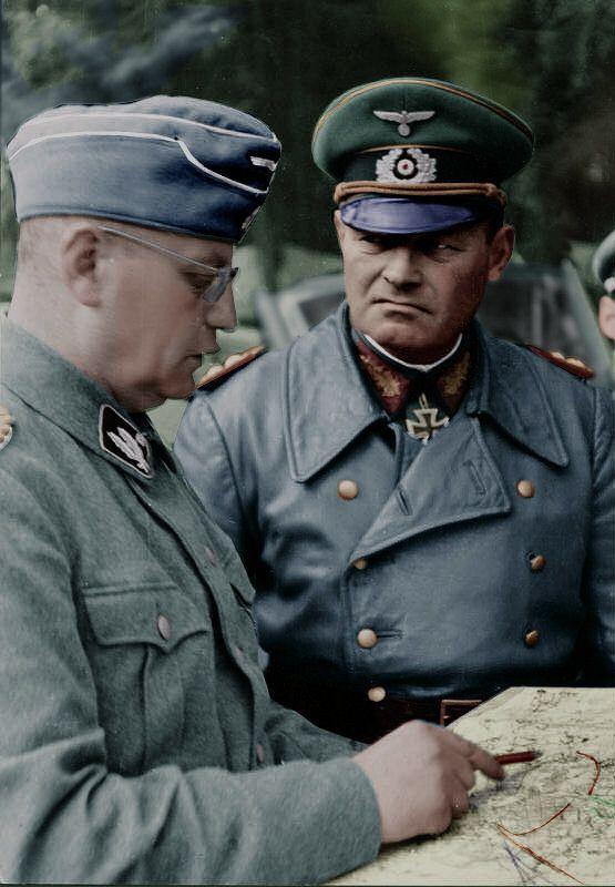 SS-Brigadeführer Walter Krüger (last rank SS-Obergruppenführer) with Generaloberst Erich Hoepner (commander of Panzergruppe 4) at Operation Barbarossa