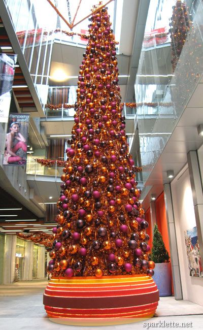 Fire Red mod alternative tree. Modern, minimal Christmas inspiration from retail holiday decor.